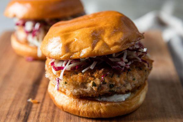 20170406-salmon-burgers-vicky-wasik-18.jpg