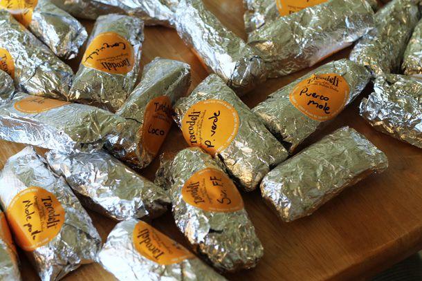 20121001-224659-tacodeli-tacos.jpg