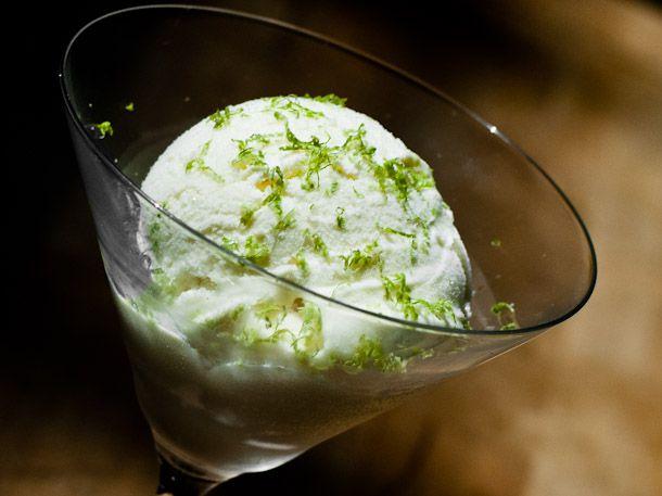 20110819-163940-kaffir-lime-gin-ice-cream.jpg