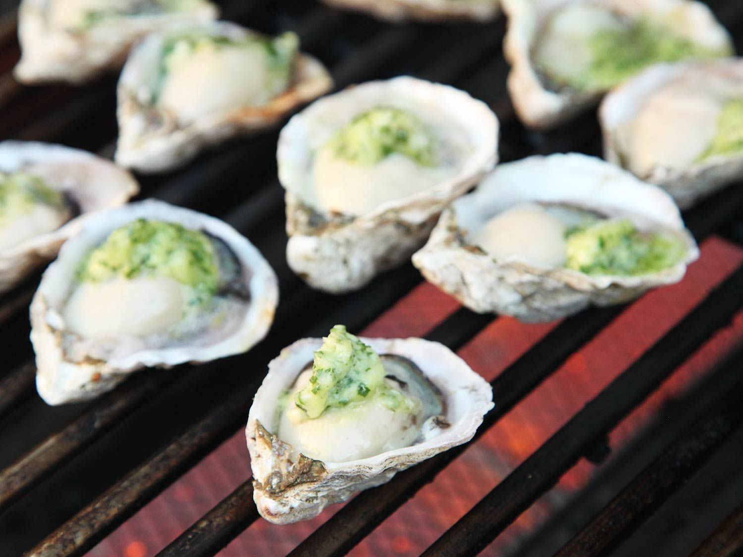 20160801-grilled-oysters-11.jpg