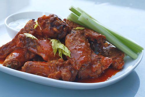 20100205-baked-buffalo-wings-plated.jpg