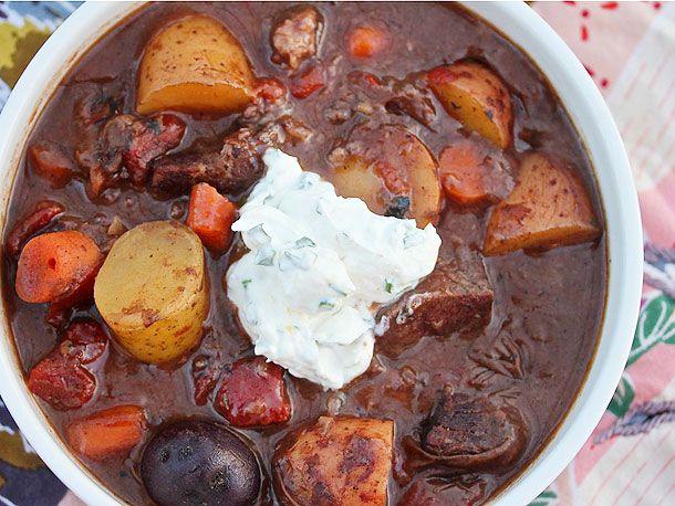 20121208-sunday-supper-beef-stew-horseradish-cream.jpg