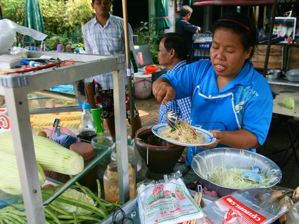 20110614-bangkok-thai-street-food-primary.jpg