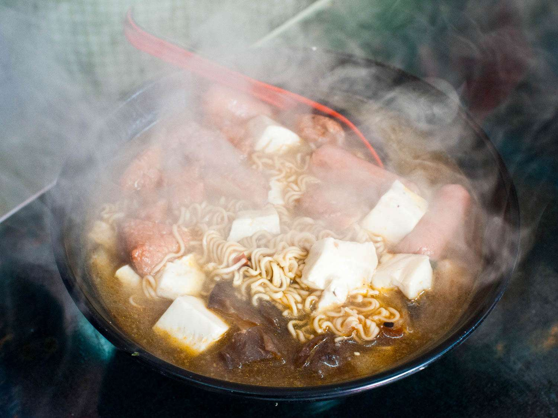 20150523-shanghai-streetfood-fionareilly-slide-12.jpg
