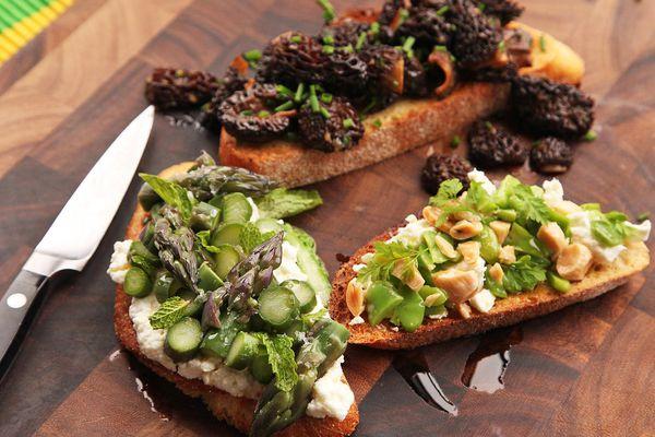 20150506-easy-spring-tartines-recipe-12.jpg