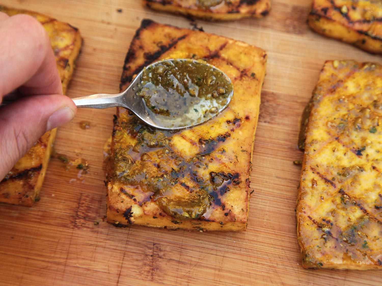 20150216-grilled-tofu-banh-mi-recipe-vegan-07.jpg