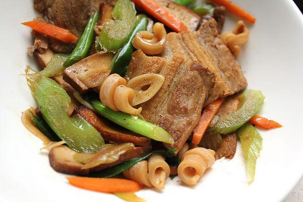 20140122-taiwan-eats-hakka-stir-fry-finished.jpg