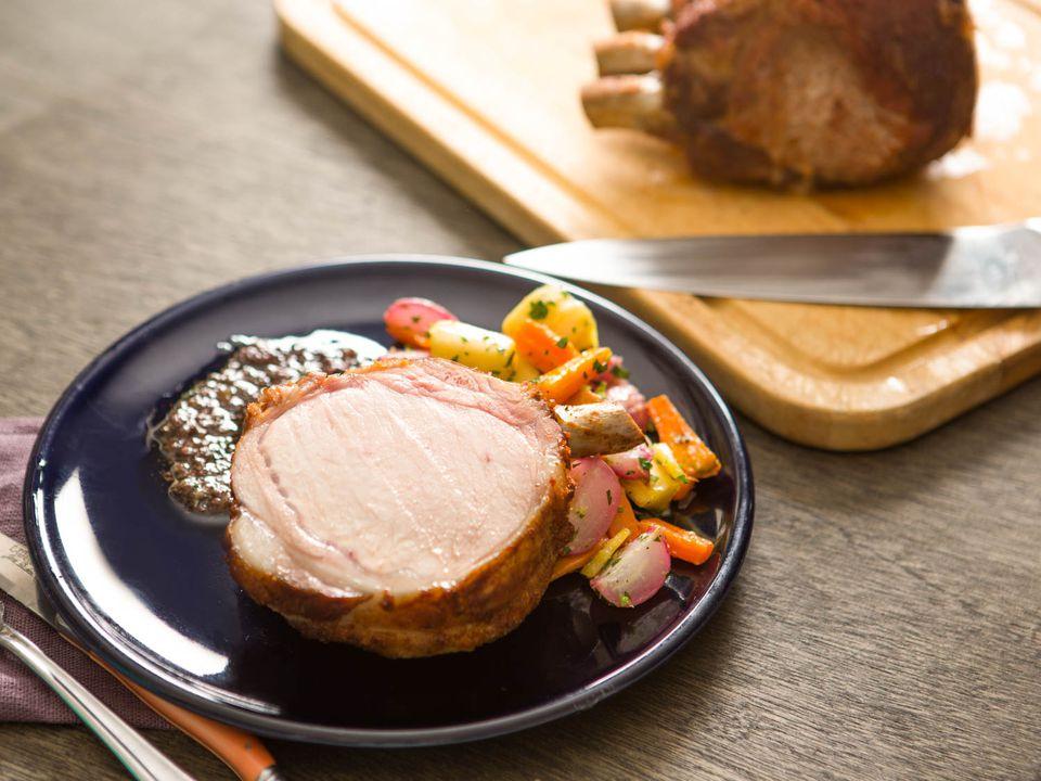 20151116-crown-pork-roast-vicky-wasik-5.jpg