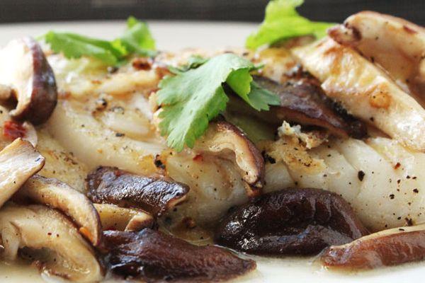 20130109-pan-seared-fish-with-shiitake-mushrooms.jpg