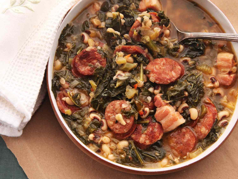 20141019-sausage-kale-black-eyed-pea-stew-5.jpg