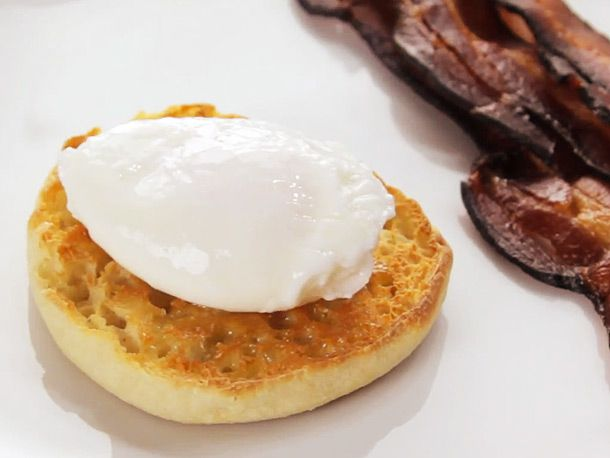 Easy Poached Eggs Recipe