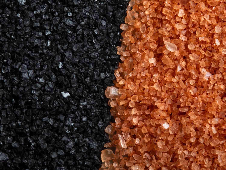 Hawaiian black and pink salts