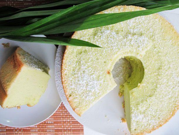 20130114-236975-pandan-chiffon-cake-primary.jpg