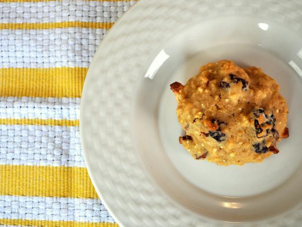 20120130-cookiemonster-quinoacookies.JPG