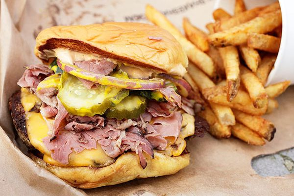 20120221-smashburger-shake-shack-five-guys-mashup-7.jpg