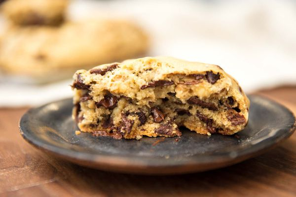 20190131-levain-style-chocolate-chip-cookies-vicky-wasik-25