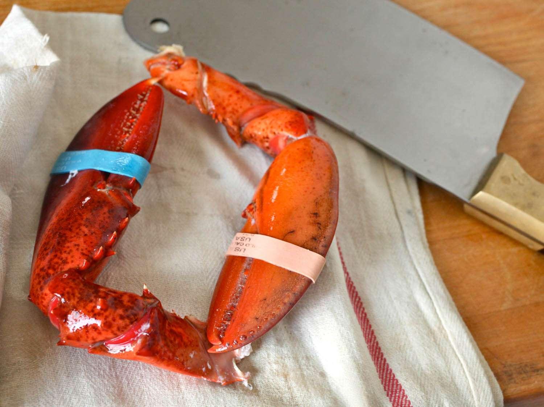 20110618-wicked-good-lobster-rolls-jkenjilopezalt-14.jpg