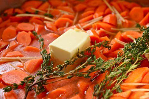 20111102-gingery-glazed-carrots-2.jpg