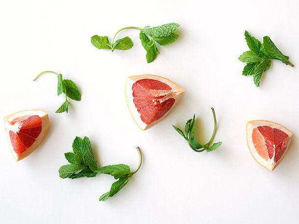 2014513-lilletgrapefruitsangria-ingredientshot.jpg