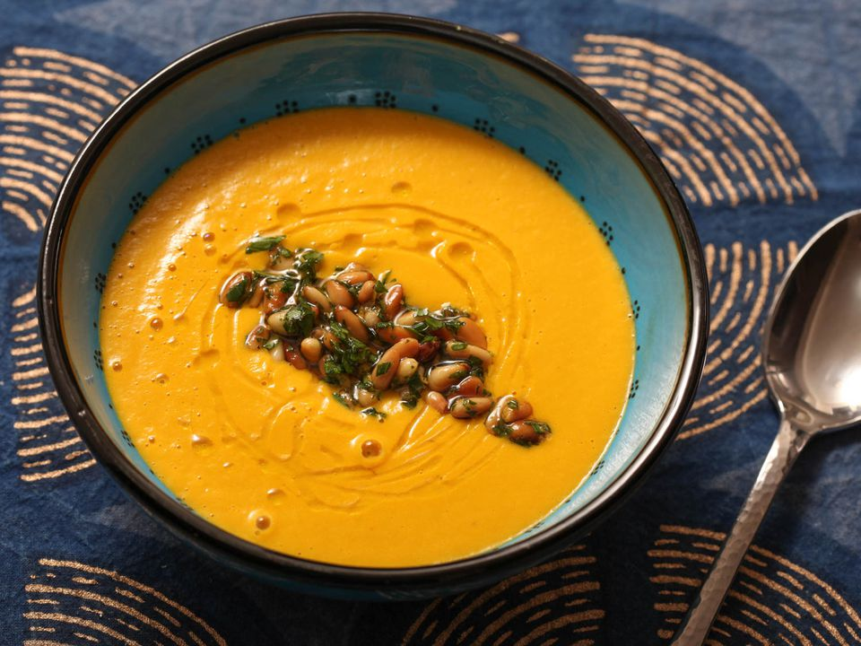 20140125-smooth-vegetable-puree-soup-food-lab-1.jpg