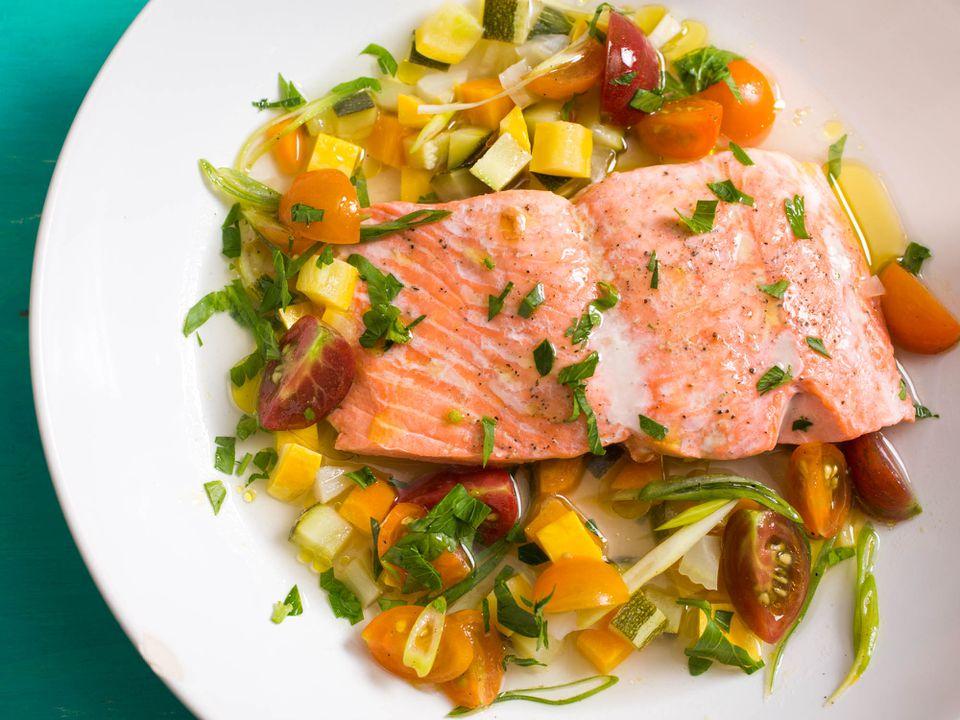 20150715-menu-salmon-a-la-nage-vicky-wasik-10.jpg