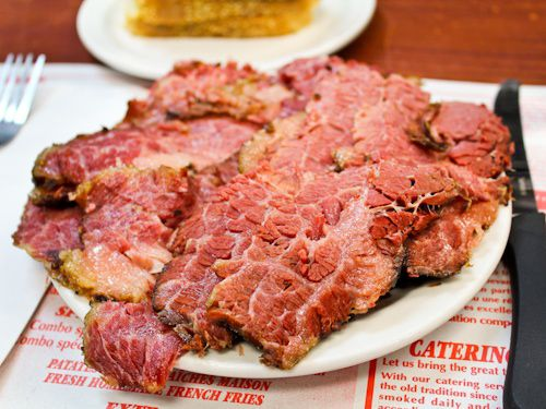 Thumbnail image for 20120209-schwartzs-smoked-meat-assiette-fatty.jpg