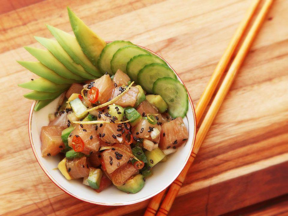 20160608-poke-tuna-hamachi-octopus-salmon-hawaii-recipe-12.jpg