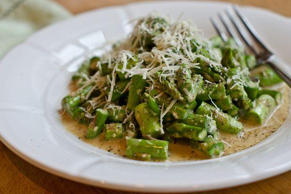 2013-04-10-asparagus-caesar-salad.jpg