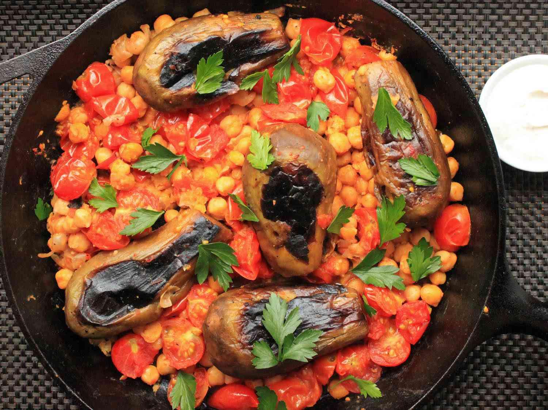 20170429-one-pot-vegetarian-dinners-recipes-roundup-09.jpg