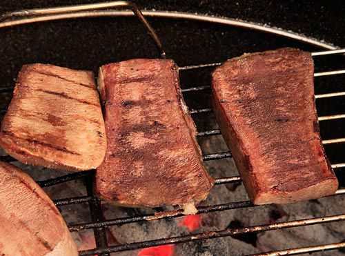 20120513-nasty-bits-tongue-tail-grilled-2.jpg