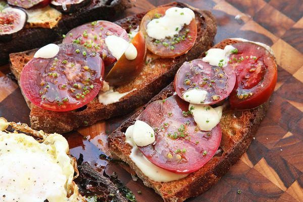 Tomato, Alli-oli, and Chive Tartine