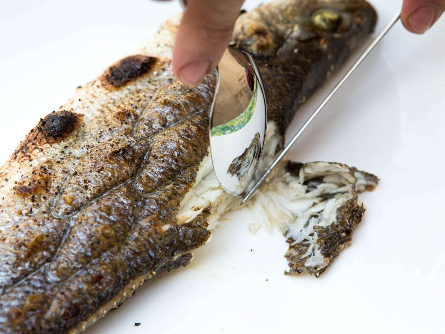 20140708-how-to-serve-whole-fish-vicky-wasik-2.jpg
