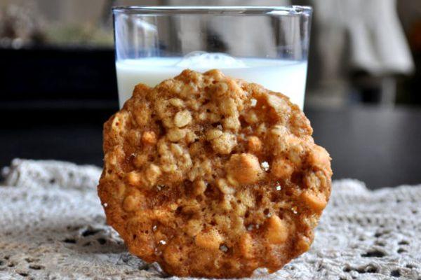 20120711-cookie-monster-coconut-scotchies.JPG