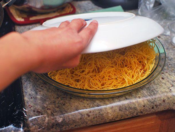 20140428-panfried-noodles-seafood-08.jpg