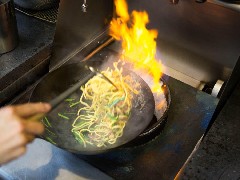 20141103-fung-tu-noodles-clams-sausage-vicky-wasik-36.jpg