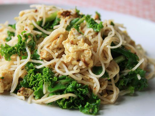20120726-chichis-chinese-noodles-dish-post.jpg