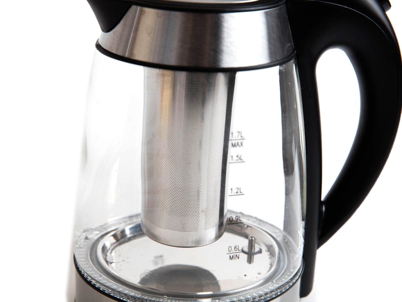 20161110-electric-tea-kettles-chefman-vicky-wasik-6.jpg
