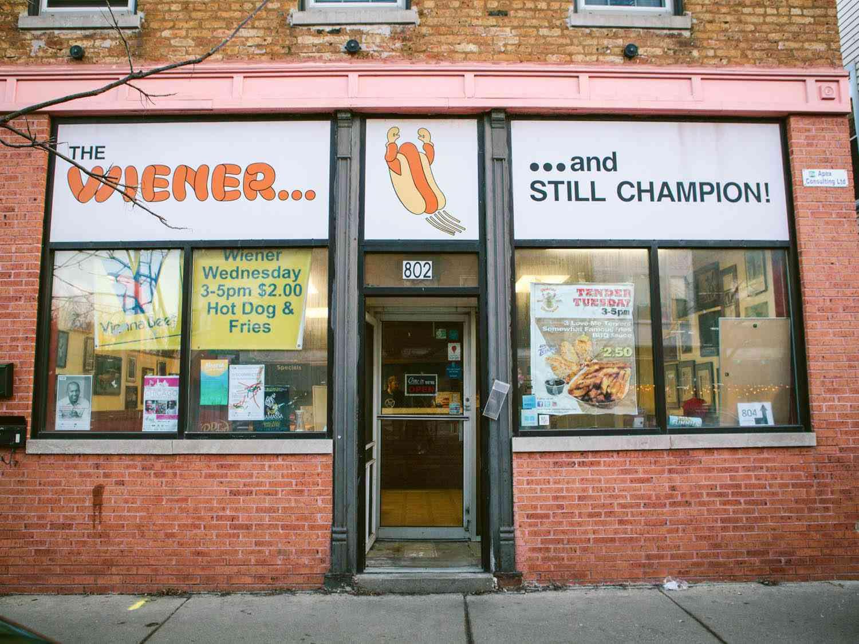 20150318-mustard-and-dreams-wiener-and-still-champion-aubrey-boonstra-1.jpg
