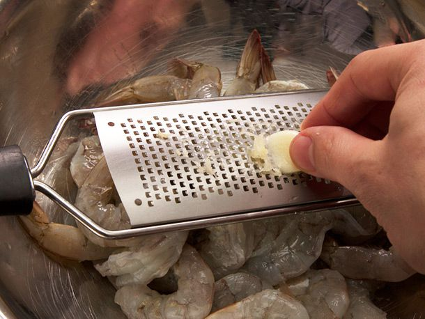 20140307-spanish-garlic-shrimp-gambas-al-ajillo-recipe-03.jpg