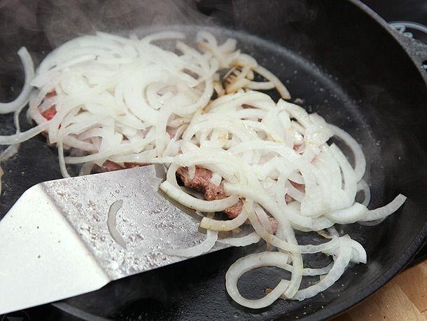 20130619-onion-burger-4.jpg