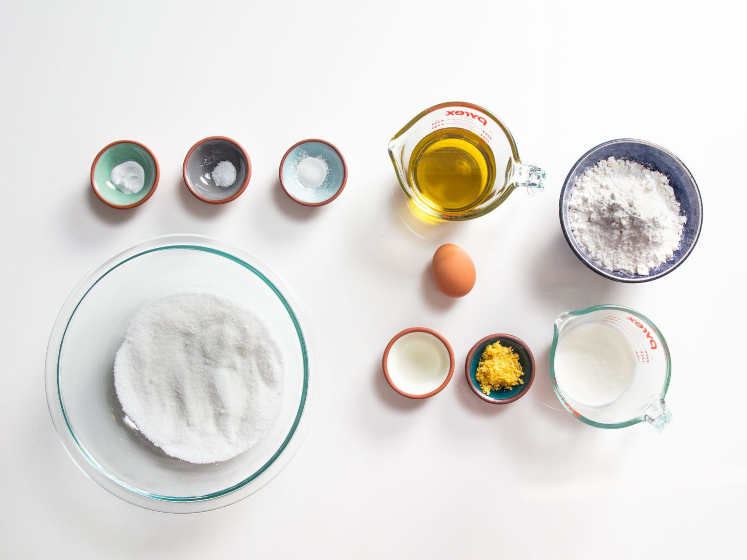 ingredients for the olive oil cake
