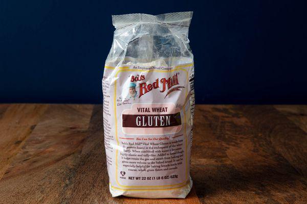 20200513-flour-types-vital-wheat-gluten-vicky-wasik-1
