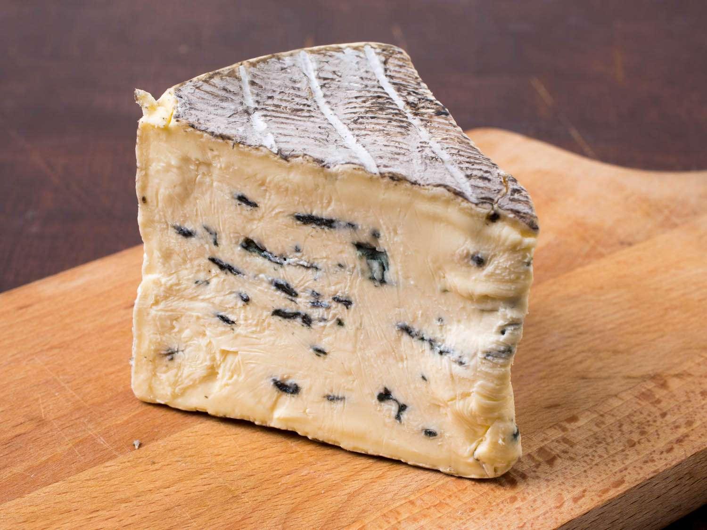 20141105-thanksgiving-cheese-cambozola-black-vicky-wasik-1.jpg