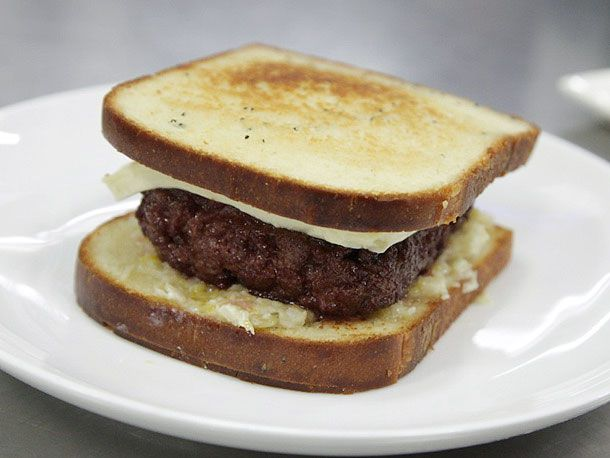beef patty sandwich with cheese
