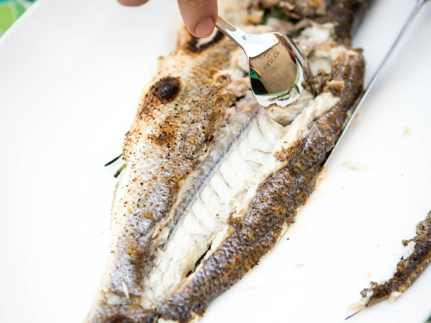 20140708-how-to-serve-whole-fish-vicky-wasik-11.jpg