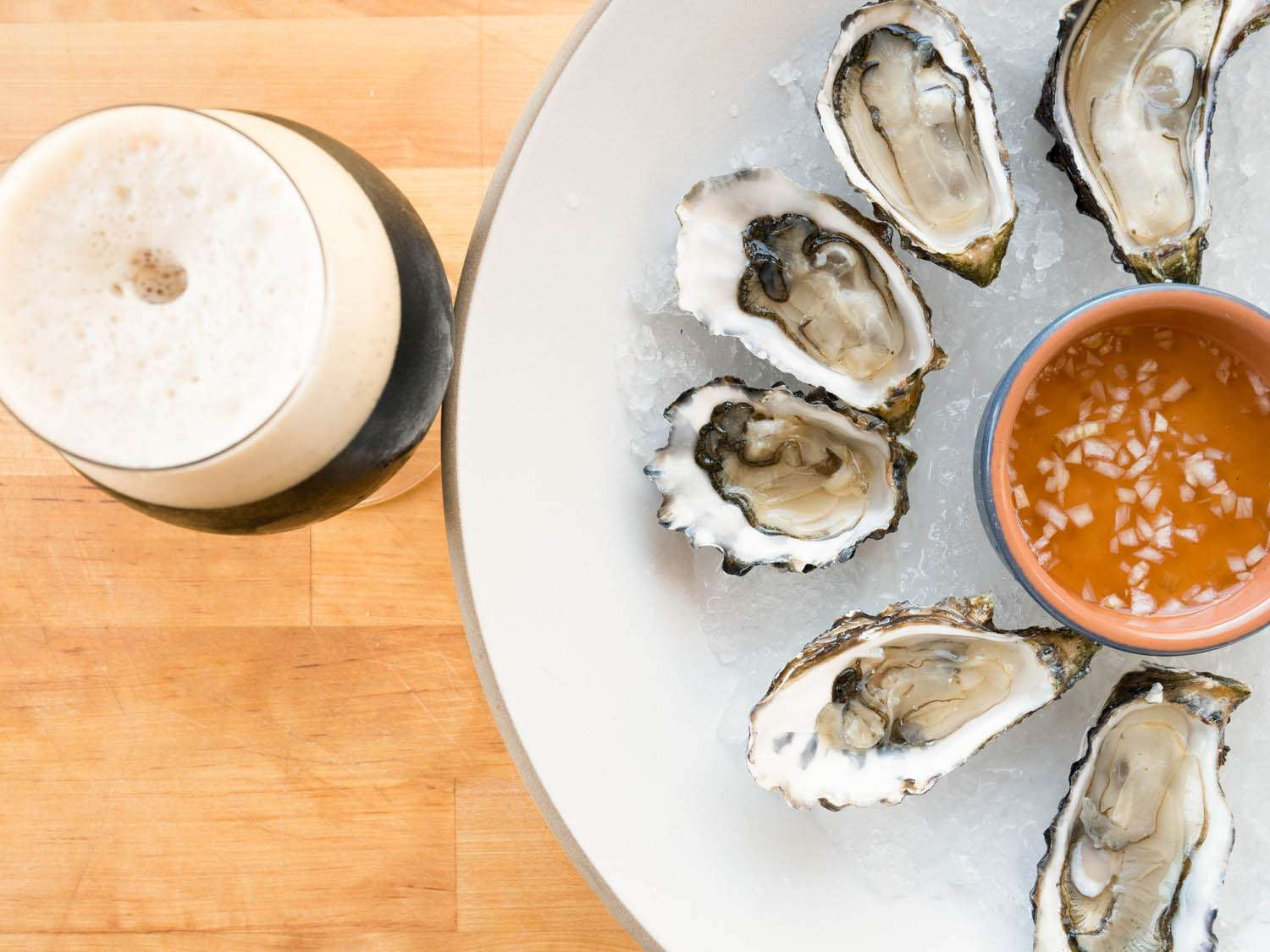 20150220-oysters-stout-mike-reis.jpg