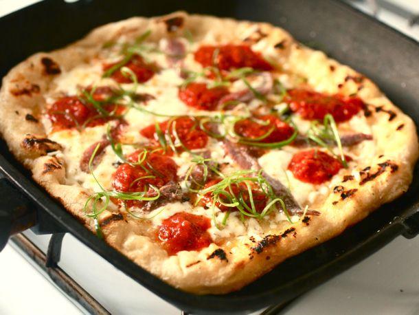 20100628-indoor-grilled-pizza-primary1.jpg