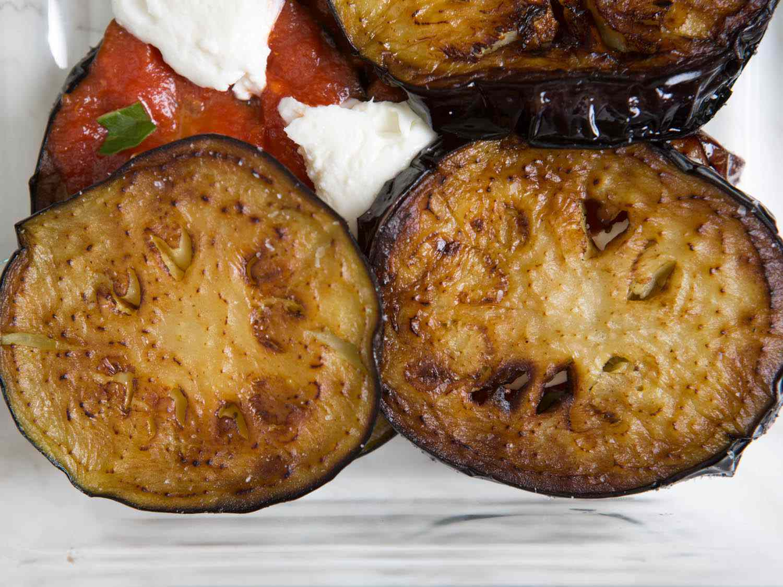 20140820-eggplant-parmesan-vicky-wasik-7.jpg