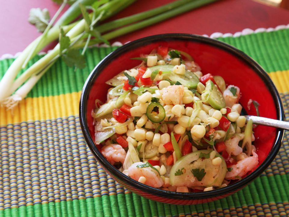 20170616-dinner-salad-recipes-roundup-02.jpg