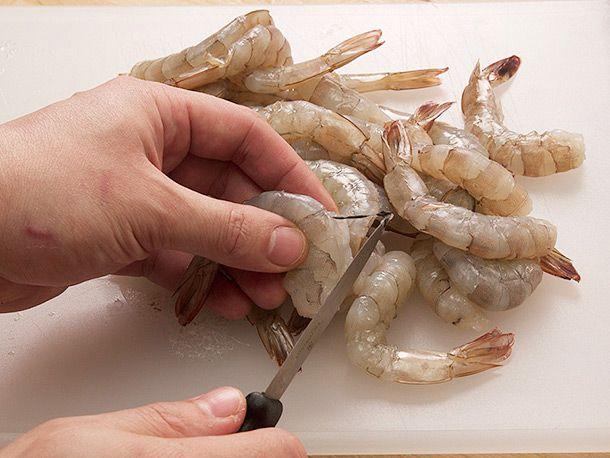 20140307-spanish-garlic-shrimp-gambas-al-ajillo-recipe-02.jpg